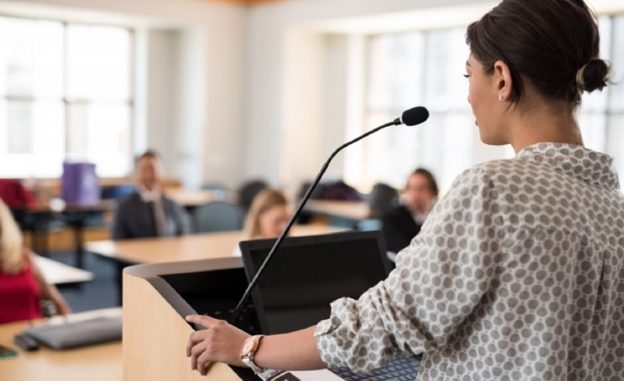 how-to-attract-customers-in-seminars