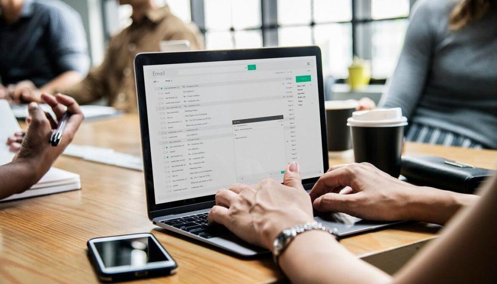 comparison-of-virtual-assistant-companies