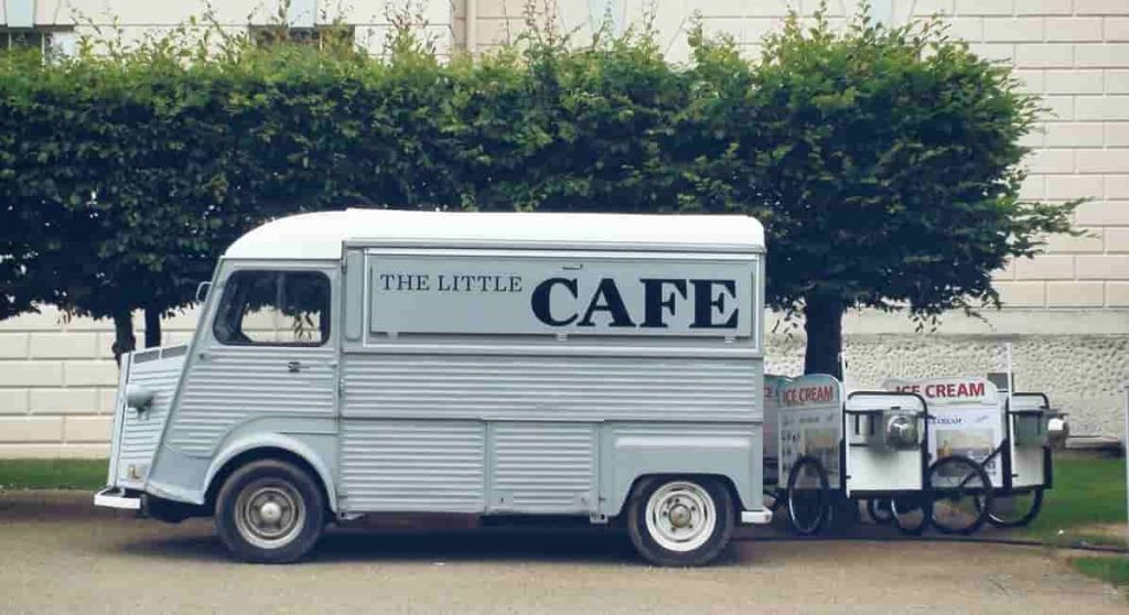 how-to-start-up-a-mobile-catering-business-min