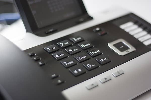 phone-600px-min