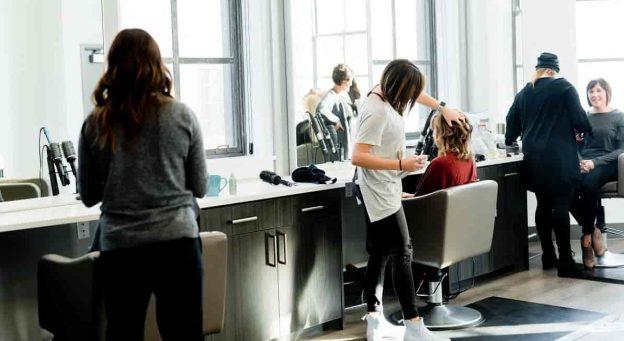 how-to-start-beauty-salon-business-min