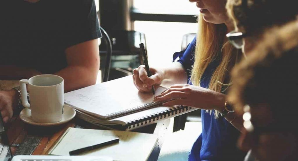 websites-for-freelance-scenario-writer-jobs-min